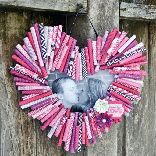 WRMK_rolled paper heart frame full_aly dosdall