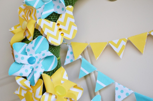 We R Spring Pinwheel Wreath by Aly Dosdall_close2