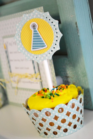We R Dots Birthday Set by Aly Dosdall_close 3