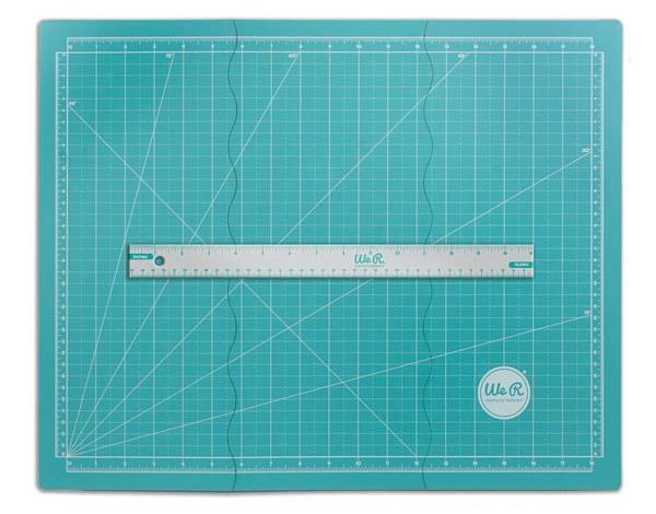 Tri-Fold Magnetic Mat