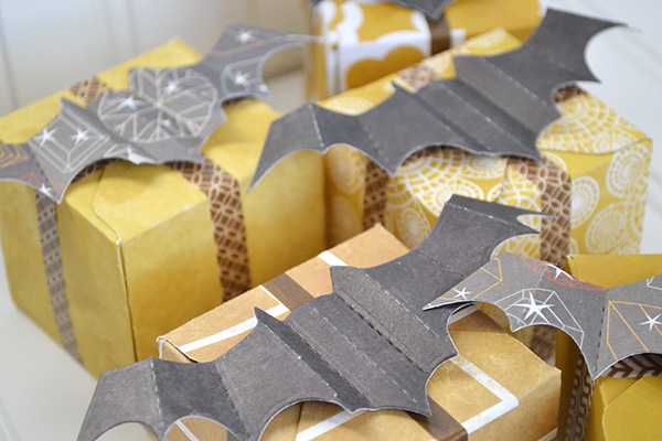 Bat Favor Boxes by Aly Dosdall_close 1