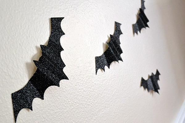 DIY Bat Decor by Aly Dosdall_close 2