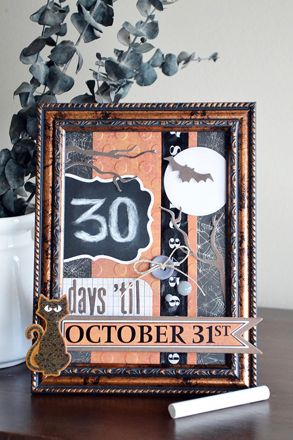 Chalkboard Halloween Countdown by Aly Dosdall for We R Memory Keepers #halloweencrafts #halloweencountdown