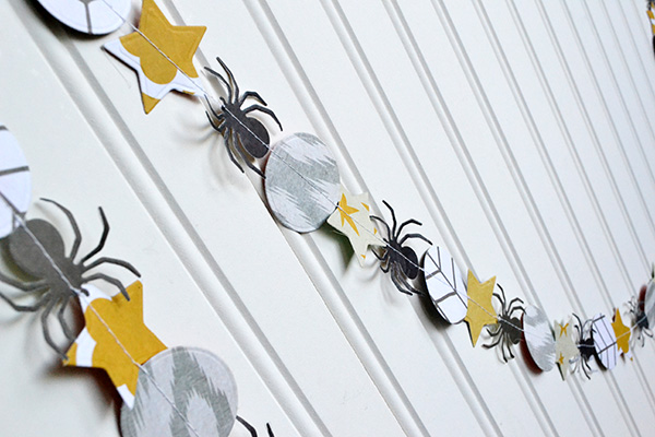 Halloween Party Garland by Aly Dosdall_close