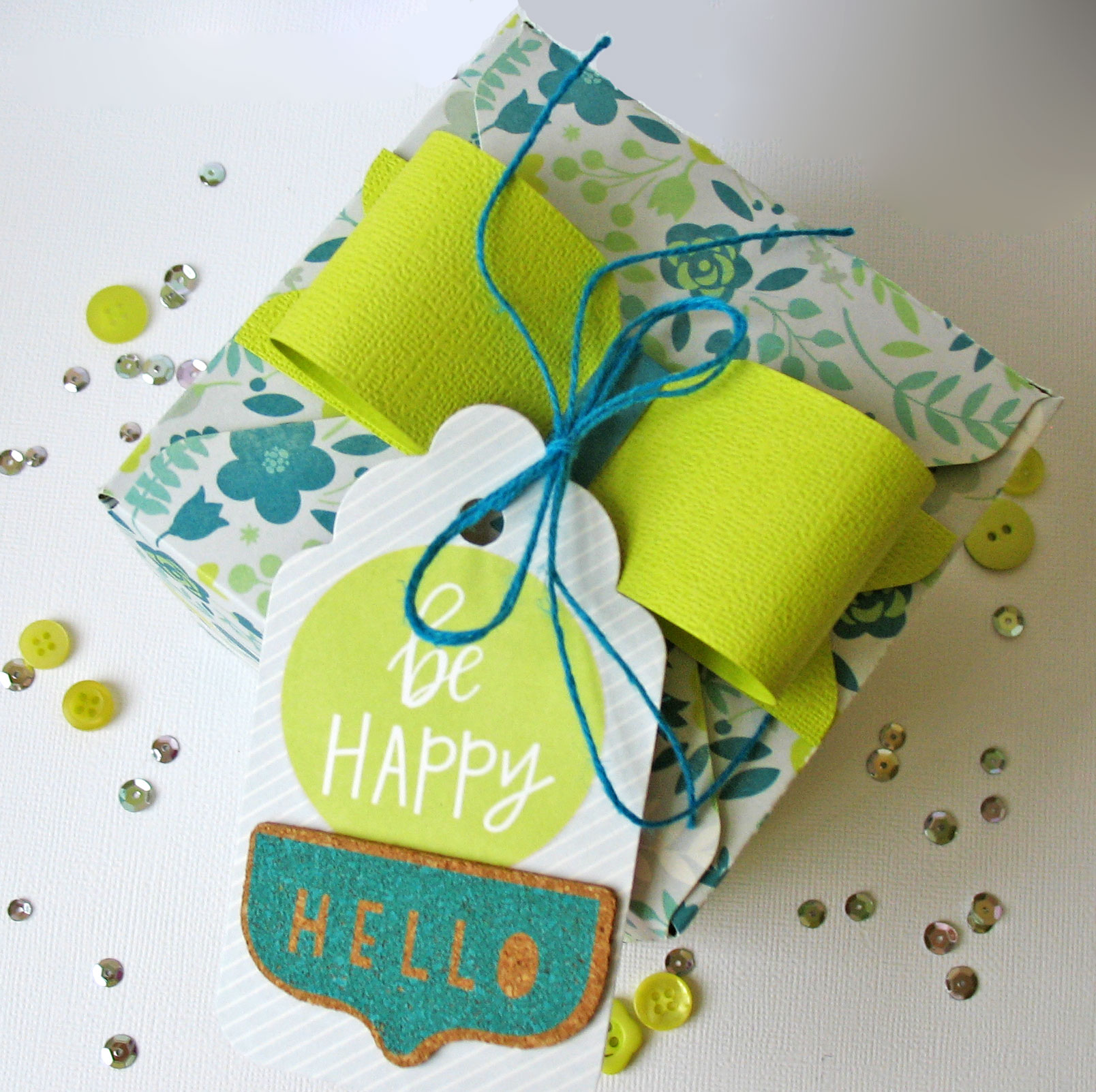 Easter gift box we r memory keepers blog 150326 be happy box top negle Gallery