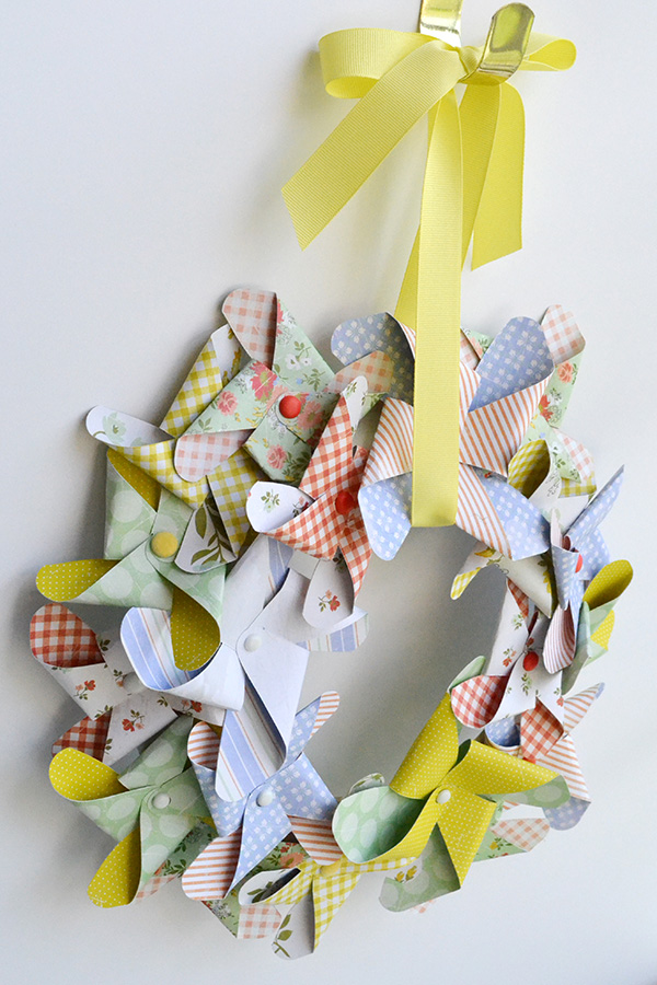 Pinwheel wreath by Aly Dosdall 3