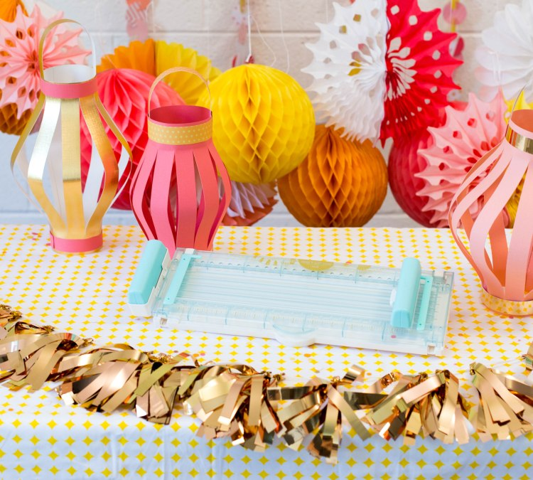 We R Memory Keepers DIY Party Collection Fringe and Score Board