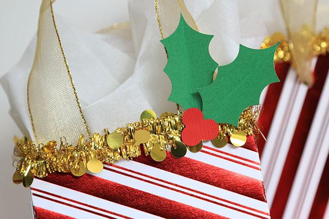 Christmas_Gift_Bags_We_R_Memory_Keepers_Template_Studio_Juliana_Michaels03