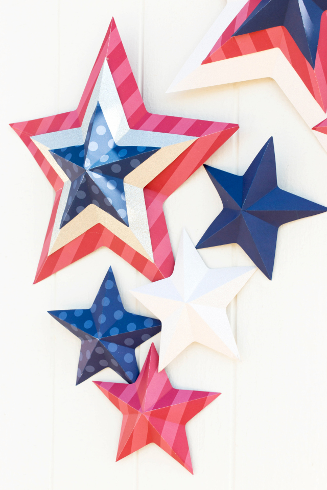 Patriotic Photo Backdrop featuring the Template Studio Star Template Guide from We R Memory Keepers