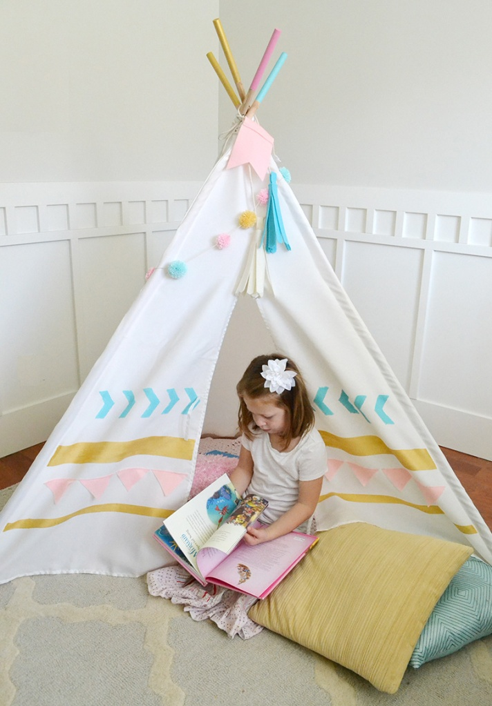 Southwest DIY Teepee by Aly Dosdall for We R Memory Keepers #DIYteepee #targetcom