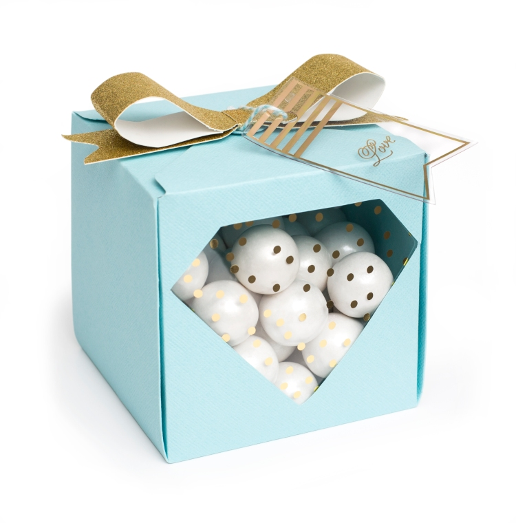 Window Gift Box by Aly Dosdall featuring the Clearly Posh collection from We R Memory Keepers #giftpackaging #wermemorykeepers