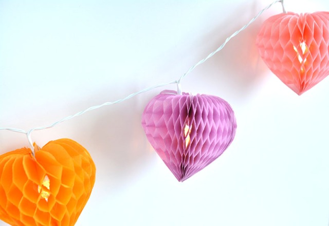 Honeycomb Hearts Light Strand 4