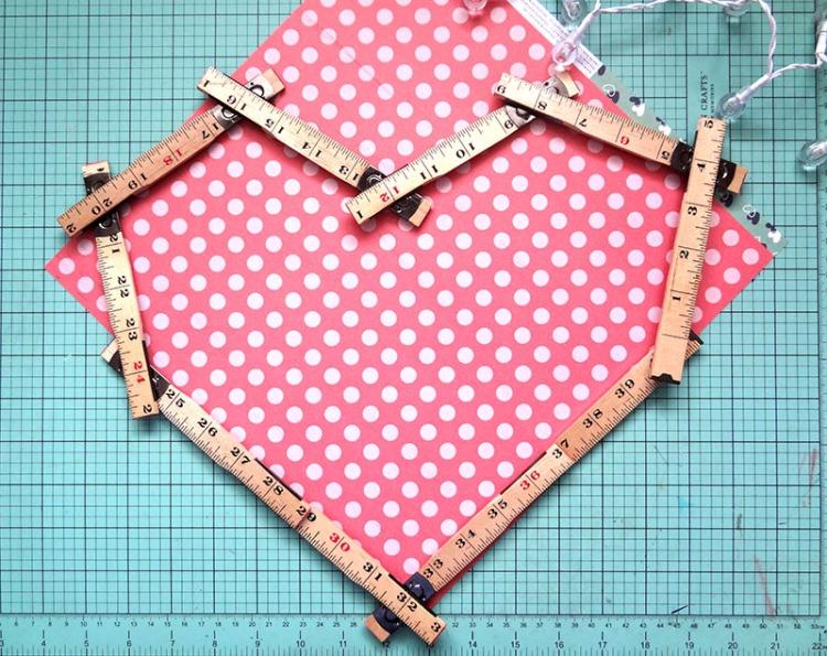 Ruler Studio Heart Frame 1