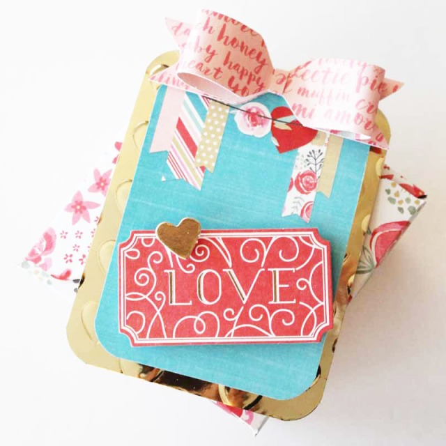 Valentine Gift Box by Laura Silva 6