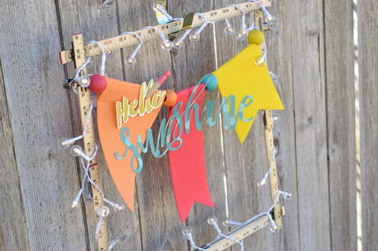Spring Banner Wreath by Aly Dosdall_outdoors