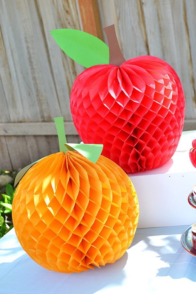 Honeycomb paper fruit party decor we r memory keepers blog for Decoration fruit