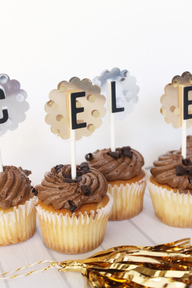 Celebrate Cupcake Toppers by Laura Silva 8