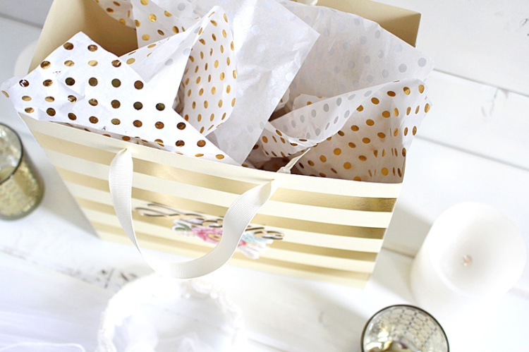 love gift bag 4 Kimberly Crawford