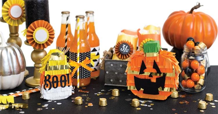 WR_Halloween_Holiday_Pinatas_Halloween