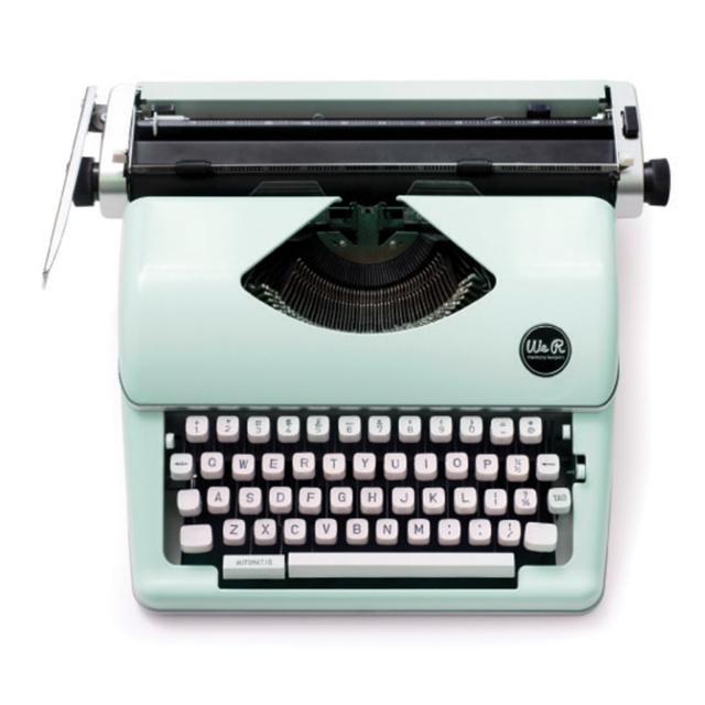 663062_wr_typecast_typewriter_mint