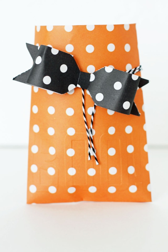 halloween-treat-envelopes-by-laura-silva-6