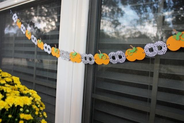 shellye-mcdaniel-pumpkin-chain-banner2