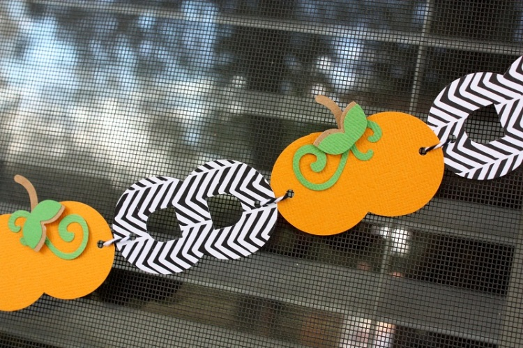 shellye-mcdaniel-pumpkin-chain-banner3