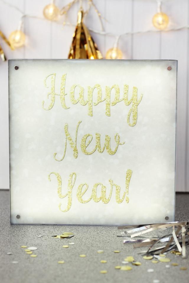 happy-new-year-photo-lights-display-by-laura-silva-1