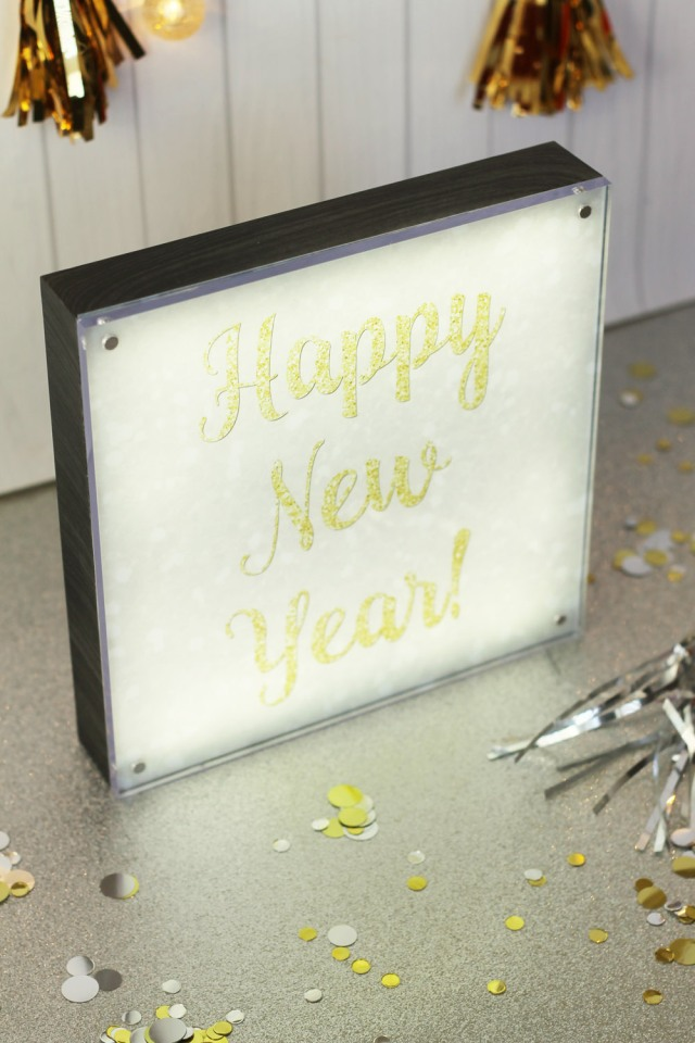 happy-new-year-photo-lights-display-by-laura-silva-8