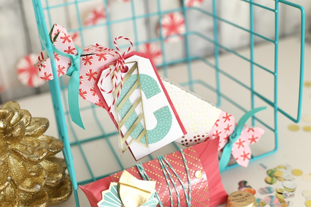 pink-and-teal-gift-wrap-by-eva-pizarro-7