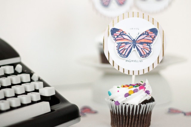 valentine-cupcake-toppers-by-laura-silva-10