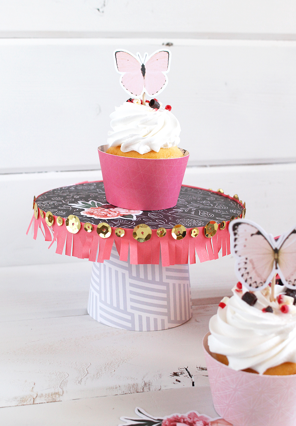 diy party board cupcake stand we r memory keepers blog. Black Bedroom Furniture Sets. Home Design Ideas