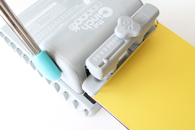 The Cinch Binding Tool by We R Memory Keepers