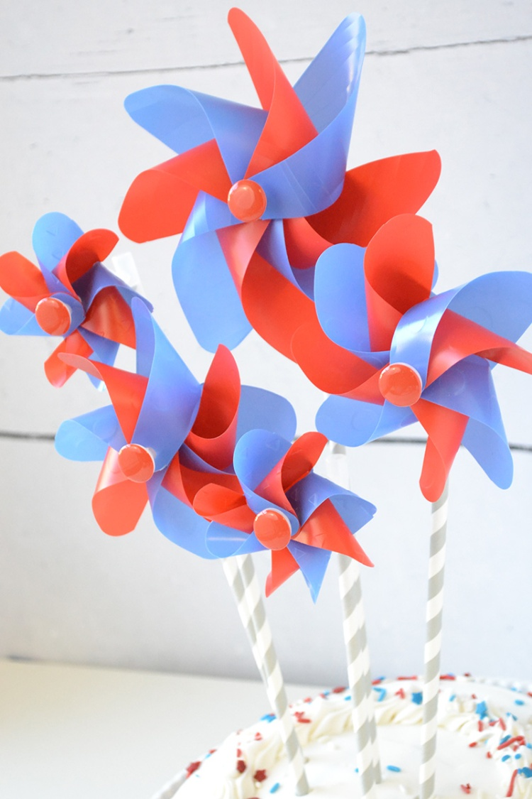 Patriotic Pinwheel Cake Topper by Aly Dosdall for We R Memory Keepers