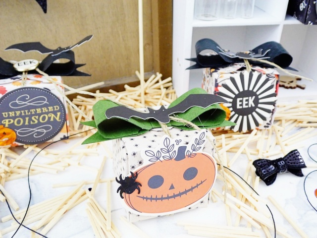 Halloween Treat Boxes with the 123 Punch Board by Soraya Maes for We R Memory Keepers