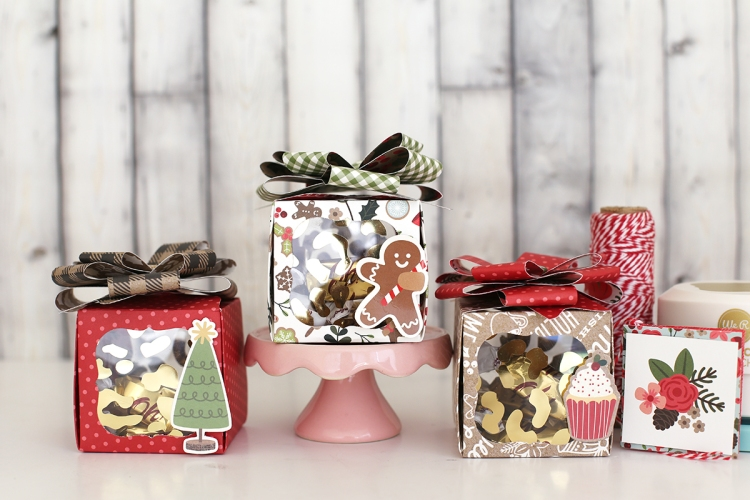 Christmas Treat Box with the 123 Punch Board and Clear Cut Punch by Eva Pizarro for We R Memory Keepers