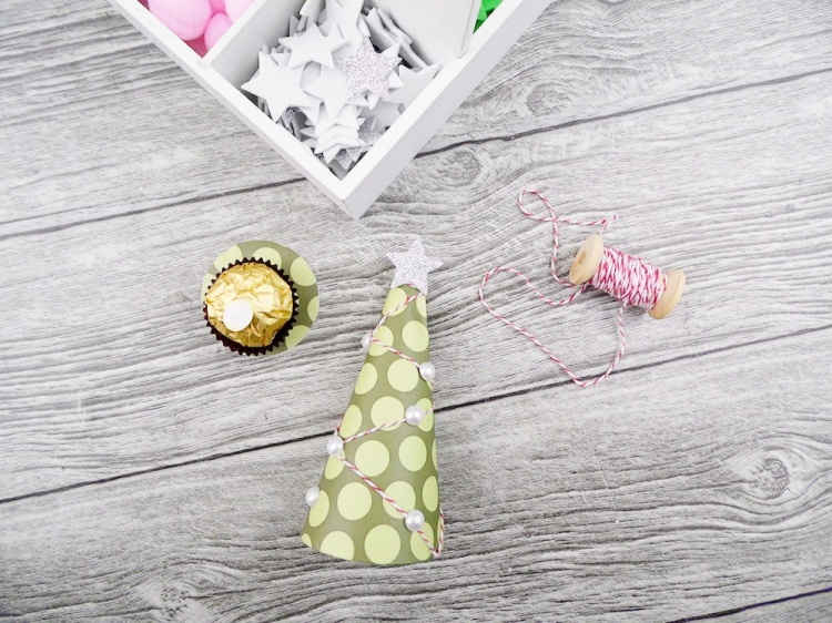 Holiday Treats by Soraya Maes for We R Memory Keepers