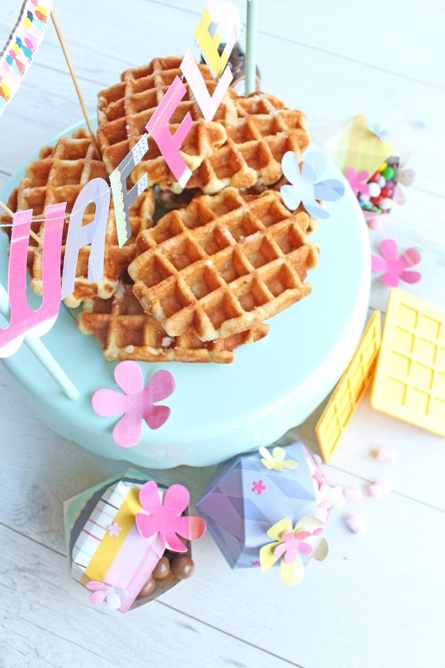 DIY Waffle Bar Decor by Chantalle McDaniel for We R Memory Keepers