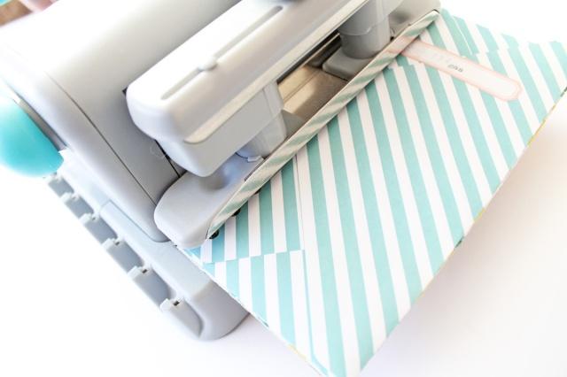 Cinch binding tool by We R Memory Keepers