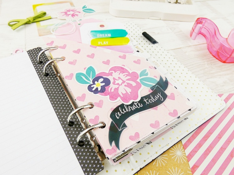 DIY Planner Pocket by Soraya Maes for We R Memory Keepers