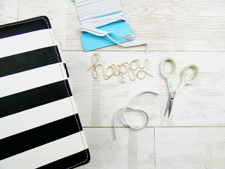 DIY Planner Closure by Soraya Maes for We R Memory Keepers featuring the Happy Jig