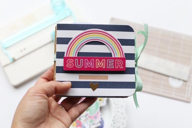 Beach Themed Mini Album by Eva Pizarro for We R Memory Keepers