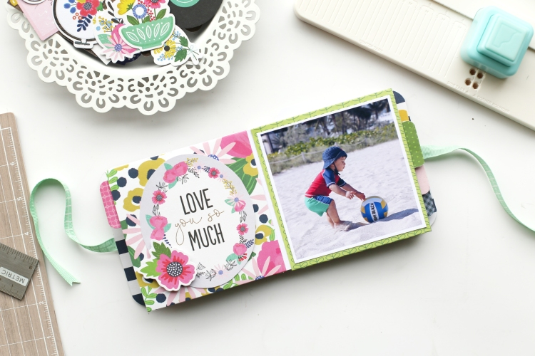 Beach Themed Mini Album by Eva Pizarro for We R Memory Keepers