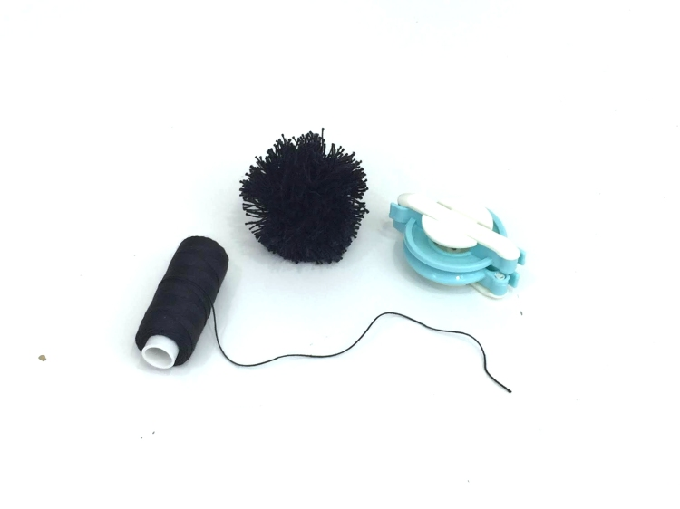 We R Memory Keepers DIY Party Pom Pom Maker and Stitch Happy Thread