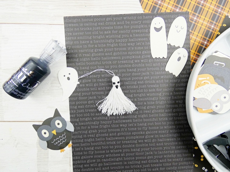 DIY Halloween Treat Bags by Soraya Maes for We R Memory Keepers