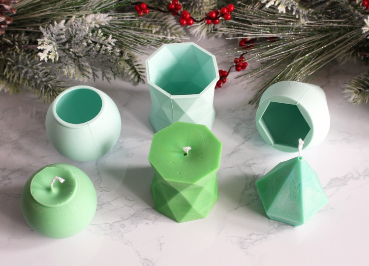 Gift Handmade Candles as gifts for the holidays with the Wick Candles Maker! Project and photo by Kimberly Crawford for We R Memory Keepers.