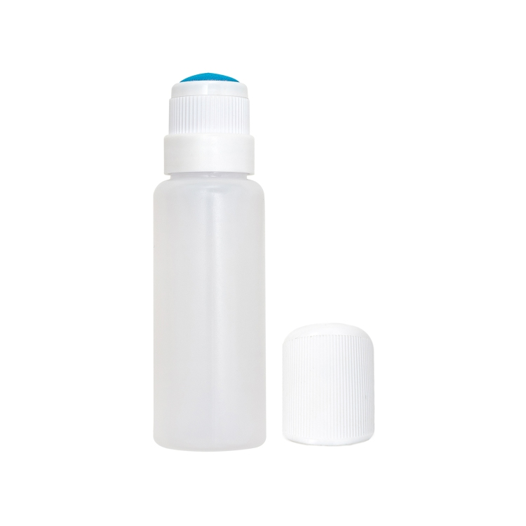 Impressed Dauber Bottle by We R Memory Keepers
