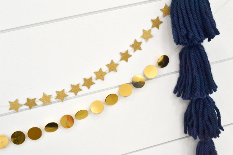 Mini Gold Paper Garlands by Aly Dosdall for We R Memory Keepers
