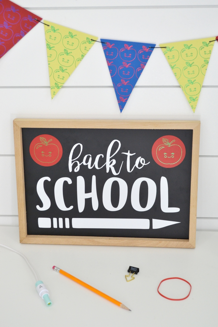 Foil Quill Back to School Party by Aly Dosdall for We R Memory Keepers 5
