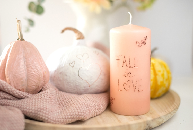 Add foil to your fall decor with the Freestyle Pens by Steffi Ried for We R Memory Keepers